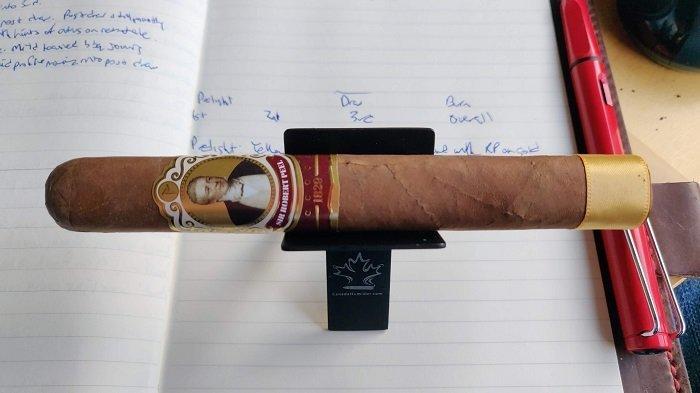 Team Cigar Review: Cubariqueño Protocol Sir Robert Peel Natural