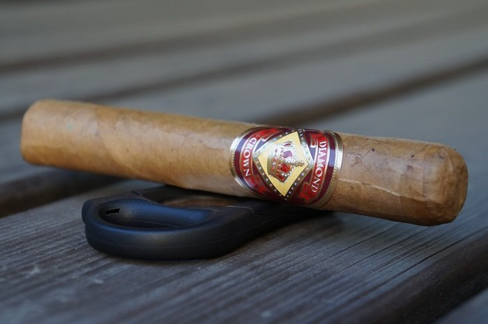 Team Cigar Review: Diamond Crown Robusto No. 4