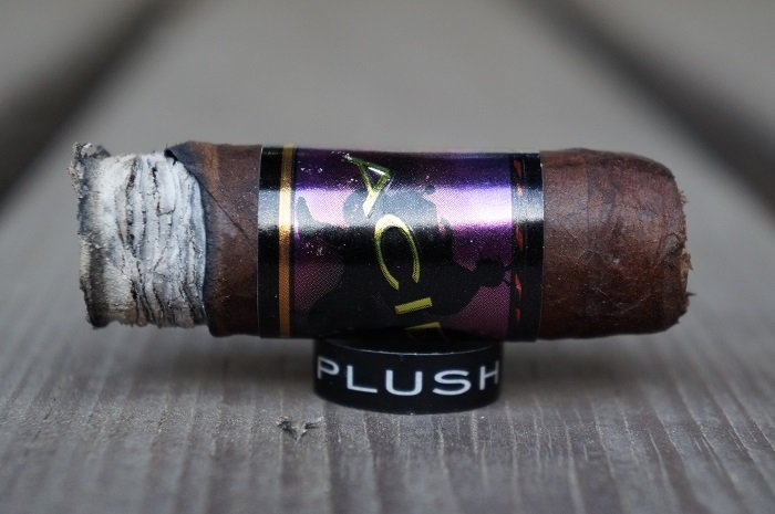 Personal Cigar Review: ACID Plush
