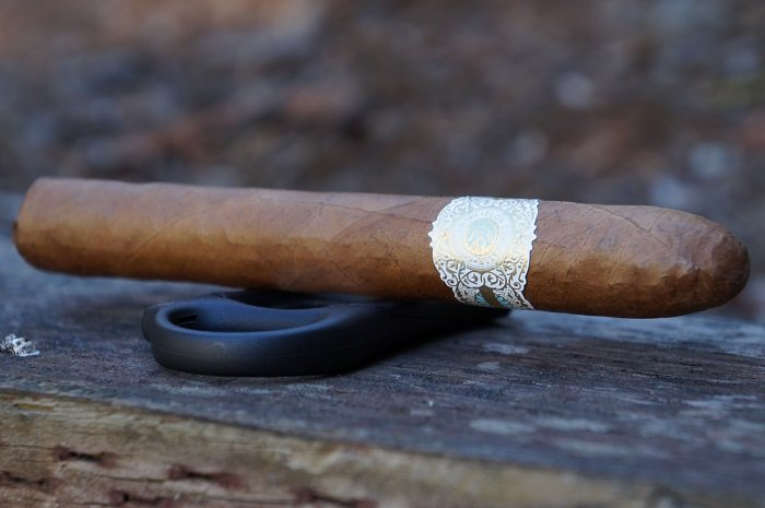 Team Cigar Review: Warped Flor del Valle Seleccion de Valle