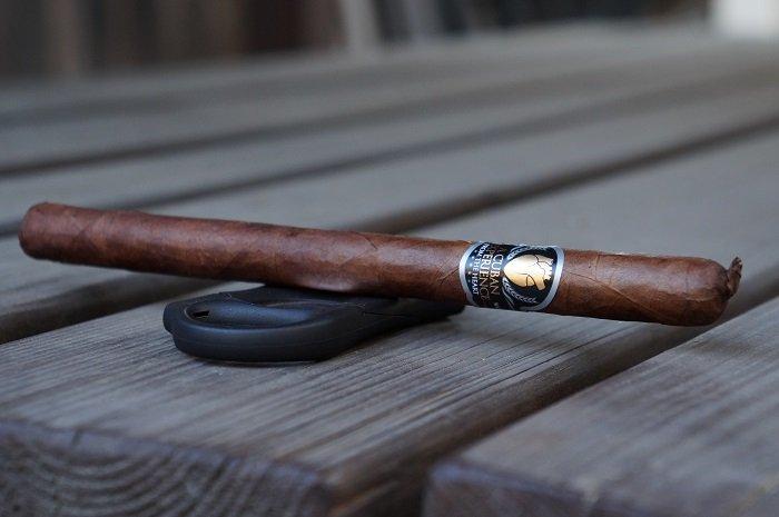 Team Cigar Review: A.C.E. Prime A Cuban Experience El Elegante