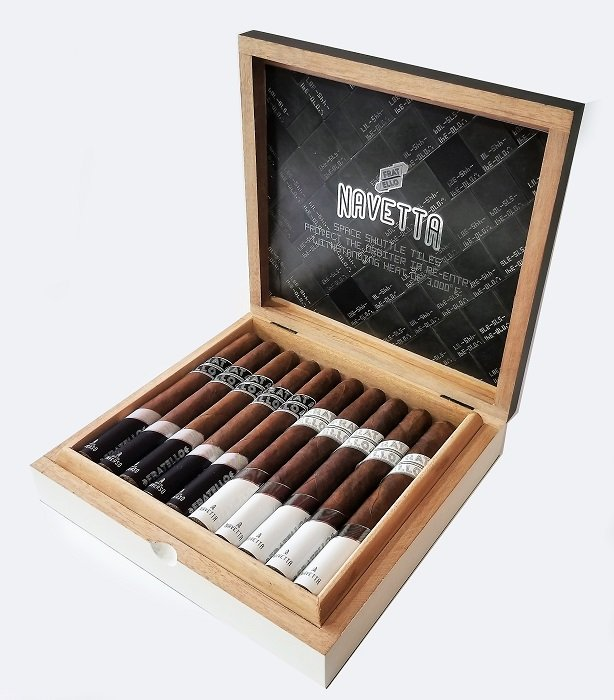 Cigar News: Fratello Navetta and Navetta Inverso Churchill Announced as Store Exclusives