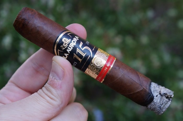Team Cigar Review: La Aurora 115th Anniversary Regular Production Robusto