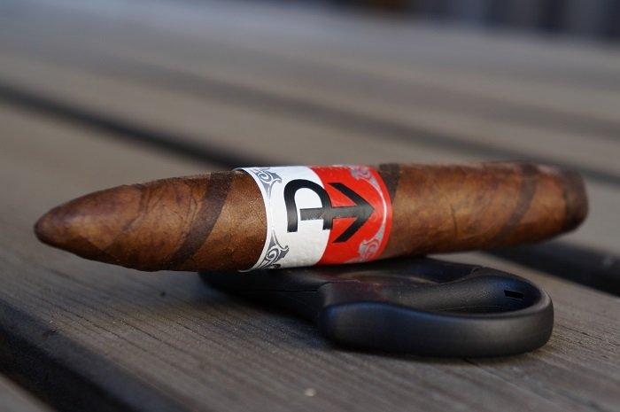 Team Cigar Review: Powstanie Wojtek