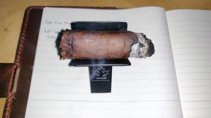 Team Cigar Review: Cubariqueño Protocol Sir Robert Peel Maduro