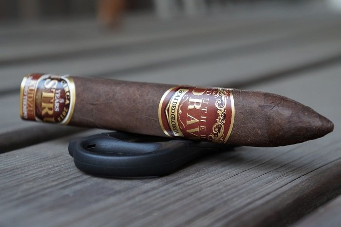 Team Cigar Review: Southern Draw Kudzu Lustrum