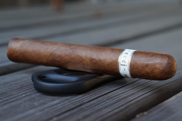 Team Cigar Review: Illusione ~eccj~ 25th