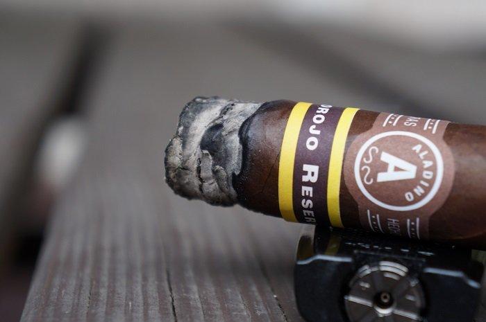 Team Cigar Review: JRE Aladino Corojo Reserva Toro