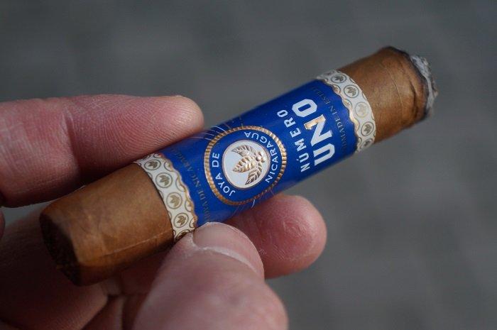 Team Cigar Review: Joya de Nicaragua Número Uno L'Ambassadeur