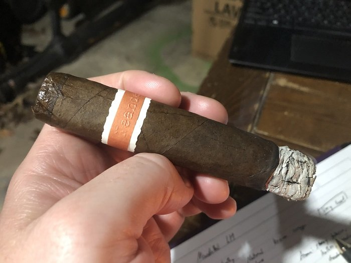 Personal Cigar Review: RoMa Craft Neanderthal LH