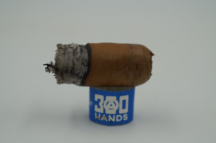 Personal Cigar Review: Southern Draw 300 Hands Connecticut Coloniales