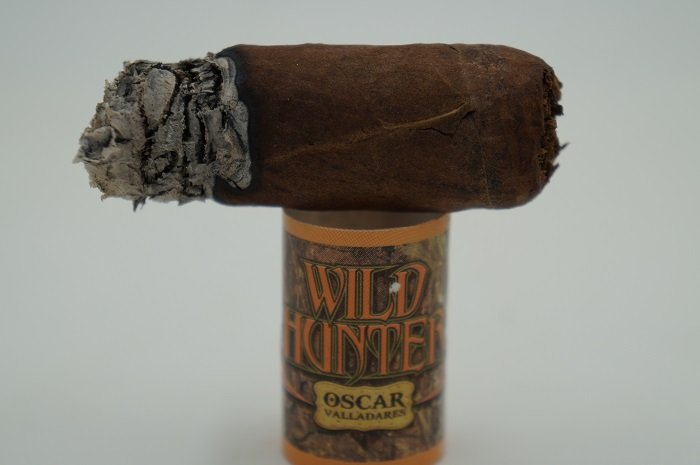 Team Cigar Review: Oscar Valladares Wild Hunter Maduro