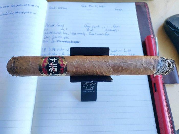 Team Cigar Review: 7-20-4 WK Series Churchill