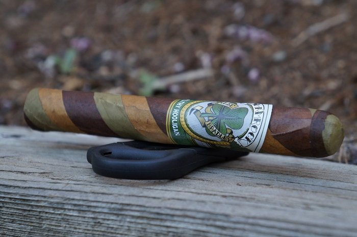 Team Cigar Review: Alec Bradley Black Market Filthy Hooligan Shamrock 2020