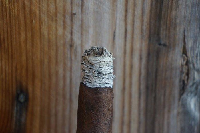 Team Cigar Review: Casa Cuevas Cuevas Reserva Maduro Toro