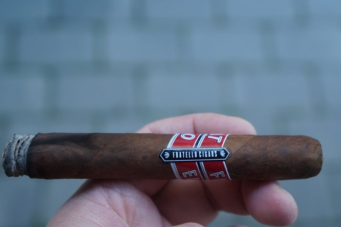 Team Cigar Review: Fratello Classico Corona