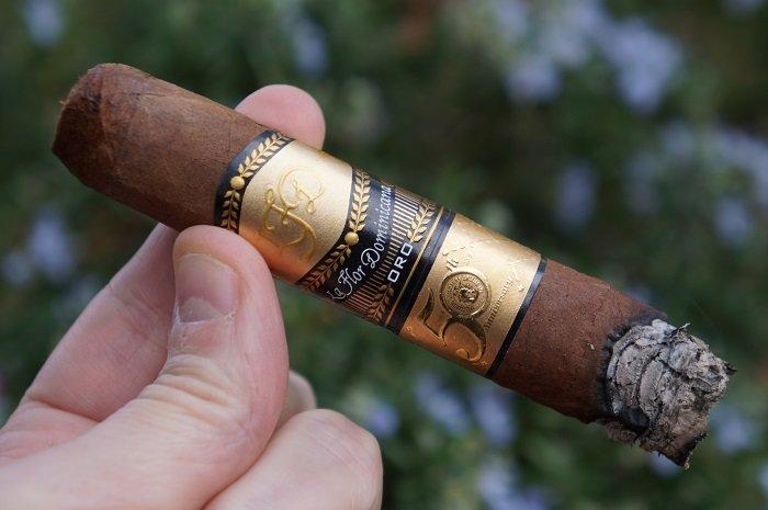 Team Cigar Review: La Flor Dominicana TAA 50 Segunda Edición Natural