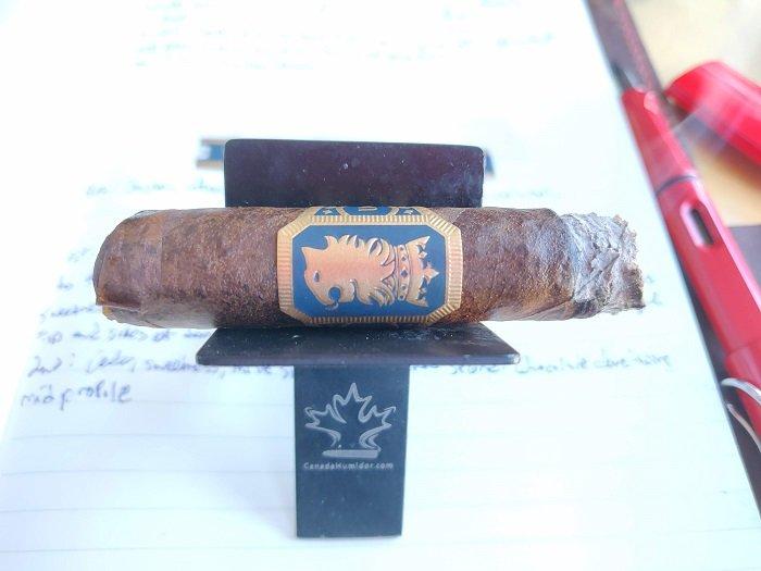 Team Cigar Review: Drew Estate Undercrown Maduro Corona Pequeña
