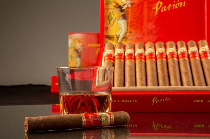 Cigar News: Romeo y Julieta Pasión Announced as JR Cigar Exclusive