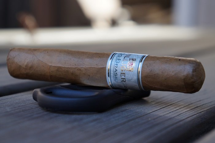 Team Cigar Review: Villiger Do Brasil Claro Robusto