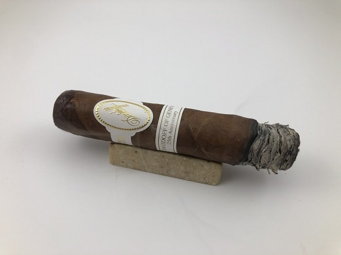 Personal Cigar Review: Davidoff of Geneva 25th Anniversary