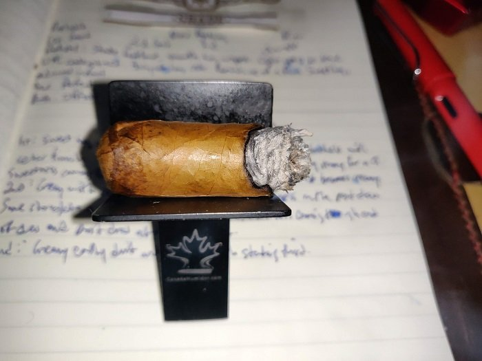 Team Cigar Review: Drew Estate Undercrown Shade Corona Pequeña