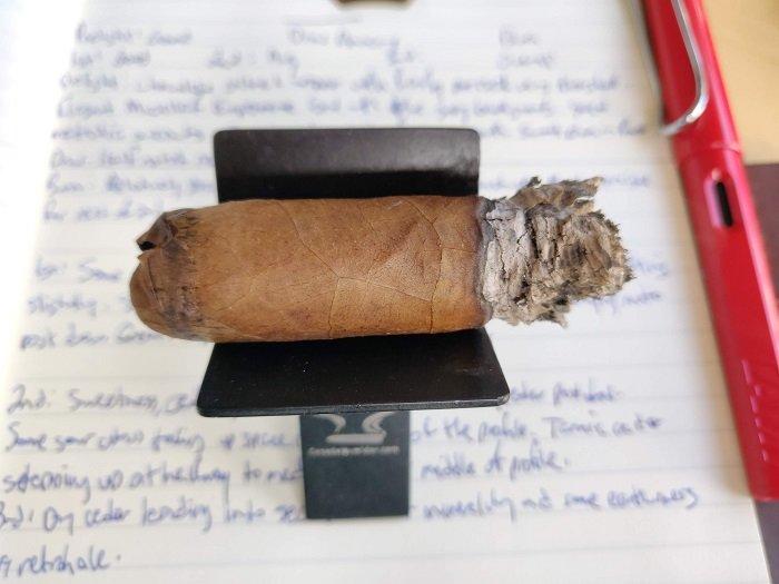 Team Cigar Review: Micallef Experiencia La Crema Toro