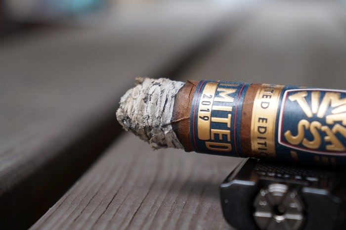 Personal Cigar Review: Nat Sherman Timeless Limited Edition 2019