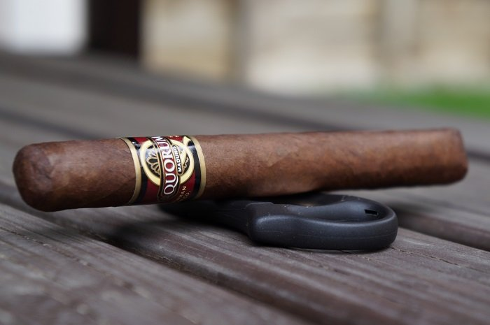 Team Cigar Review: Quorum Maduro Toro