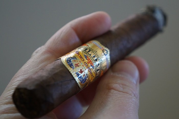 Team Cigar Review: Diamond Crown Maximus Toro No. 4