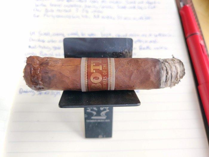 Team Cigar Review: Drew Estate BOTL Corona Gorda