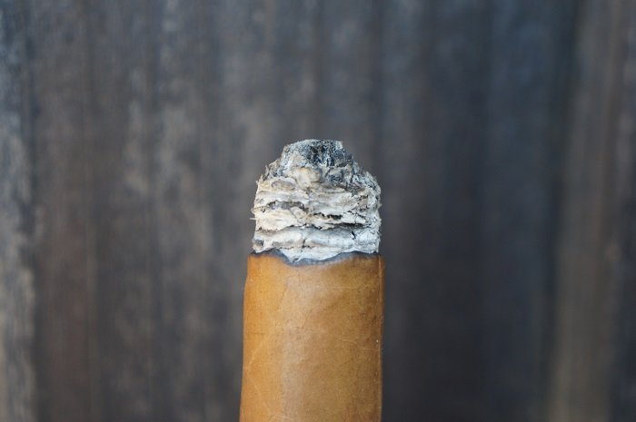 Team Cigar Review: Micallef Connecticut Toro