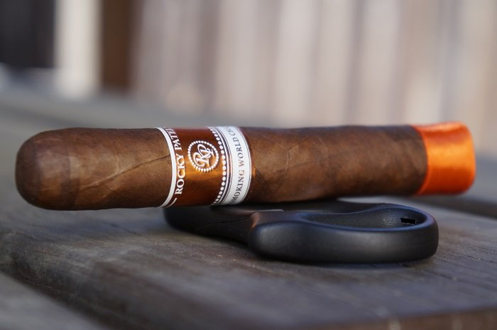 Team Cigar Review: Rocky Patel Cigar Smoking World Championship Robusto
