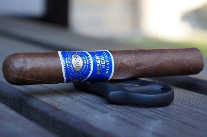Team Cigar Review: Romeo y Julieta Reserva Real Nicaragua Toro