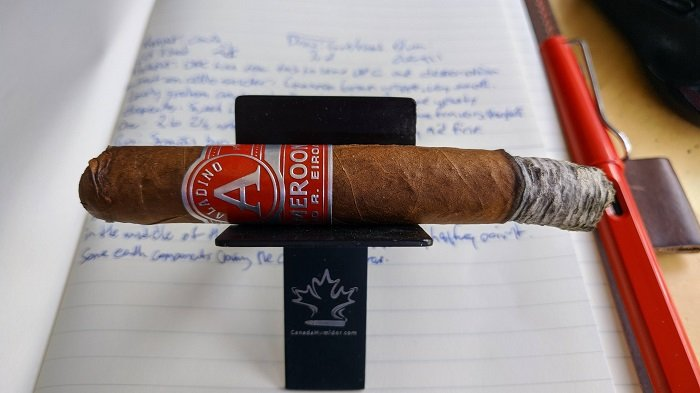 Team Cigar Review: JRE Aladino Cameroon Lonsdale