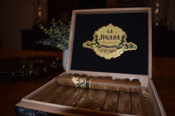 Cigar News: MoyaRuiz La Jugada Habano Semi-Pressed Toro Announced