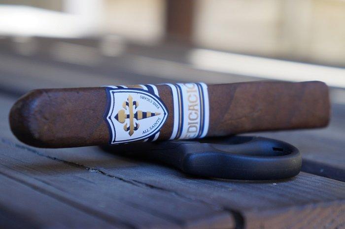 Team Cigar Review: All Saints Dedicación Berkey