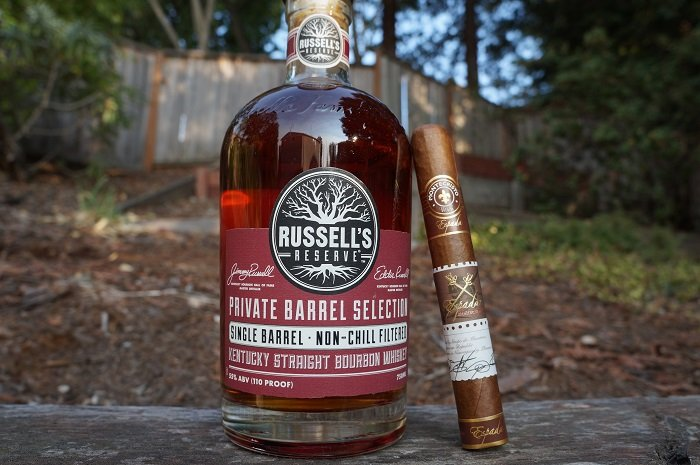 Pour 'n Tell - Pairing Edition: Russell's Reserve and Montecristo