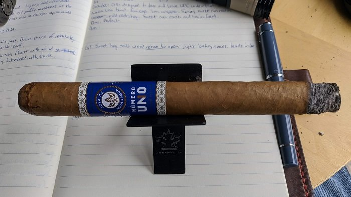 Team Cigar Review: Joya de Nicaragua Número Uno Le Premier