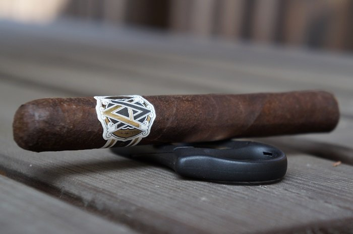 Team Cigar Review: AVO Classic Maduro No. 2
