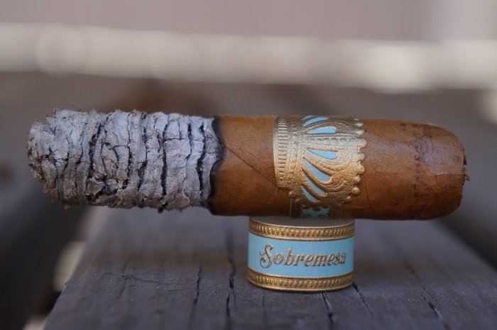 Team Cigar Review: Dunbarton Tobacco & Trust Sobremesa Brûlée Blue