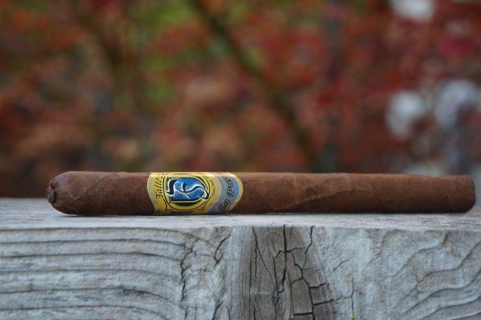 Team Cigar Review: Falto La Pureza