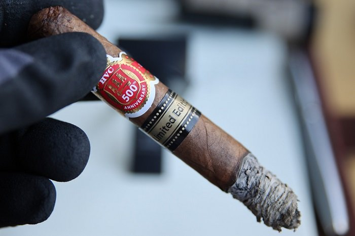 Team Cigar Review: HVC 500 Years Anniversary Selectos