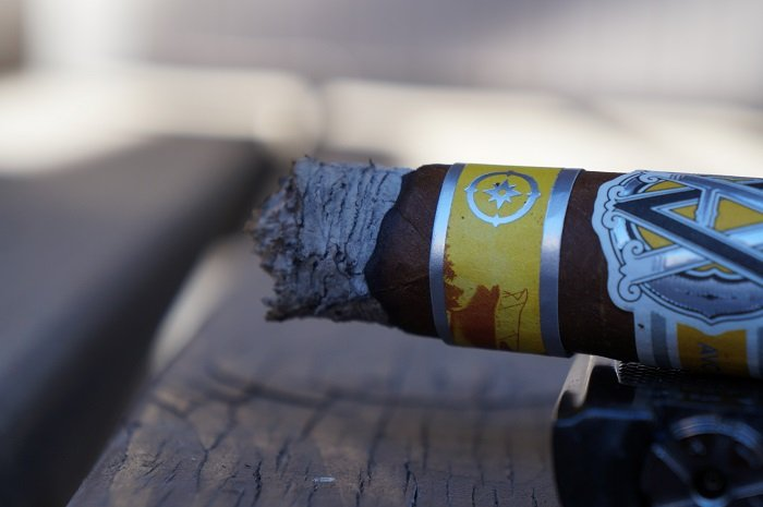 Team Cigar Review: AVO Regional North Edition