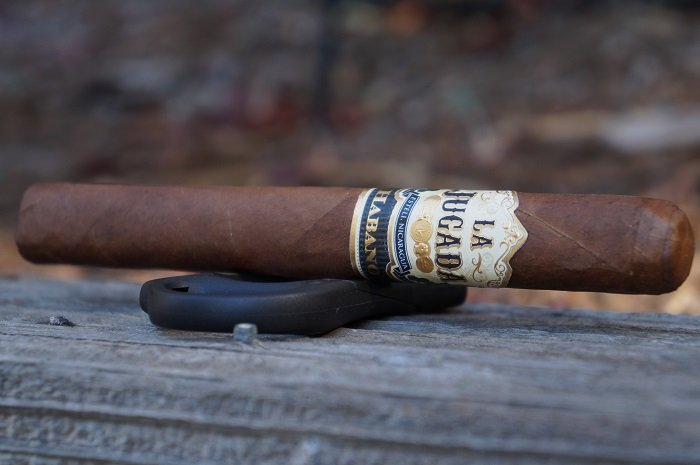 Team Cigar Review: MoyaRuiz La Jugada Habano Semi-Pressed Toro