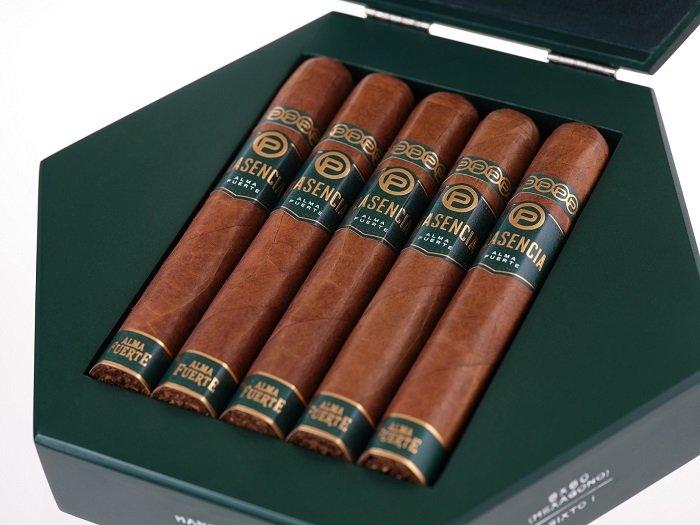 Cigar News: Plasencia Alma Fuerte Sixto I Hexagon Colorado Claro Begins Shipping