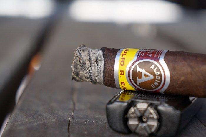 Personal Cigar Review: JRE Aladino Maduro Corona