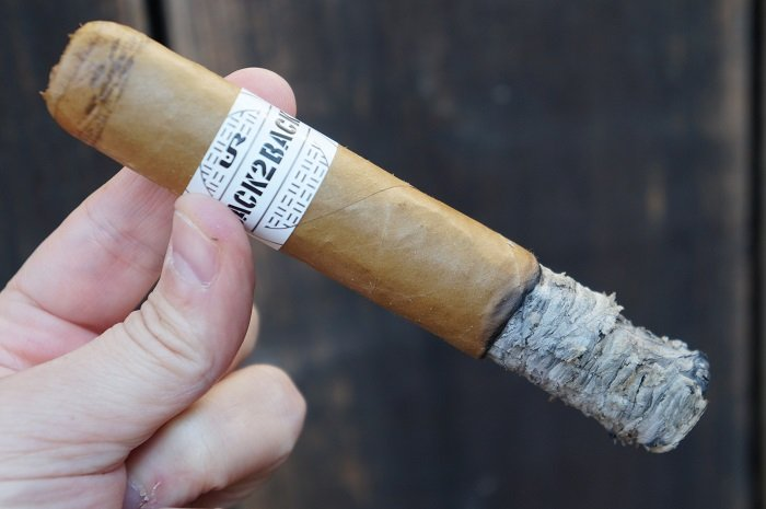 Personal Cigar Review: Back2Back Connecticut 6x60
