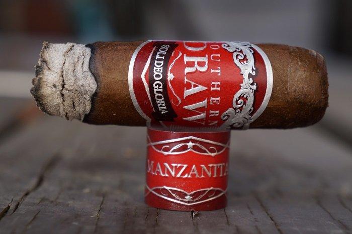 Team Cigar Review: Southern Draw Manzanita Toro