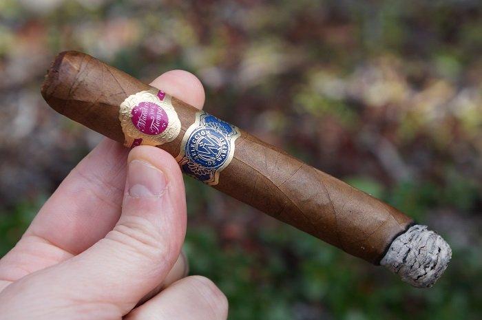 Team Cigar Review: Warped Maestro Del Tiempo 6102R 2020